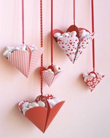 DIY Bonbon Filled Hearts by Martha Stewart: Hang it on a doorknob or next to the computer!