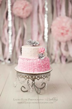 Smash cake crystal stand