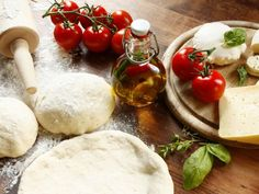 Homemade pizza dough - Dishes - My Cuisine, Pesto Pizza, Taco Pizza, Chefs, Pizza Logo, Dessert Pizza, Lard, Cauliflower Pizza, Breakfast Pizza, Feta