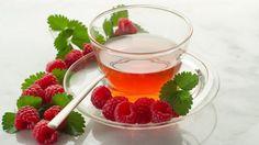Raspberries healthy - their miracle effect and raspberry-yogurt-parfait recipe Raspberry Leaf Tea, Red Raspberry, Fruit Tea, Red Fruit, Pin It, Parfait Recipes, Yogurt Parfait, Raspberry Ketones, Tea Benefits