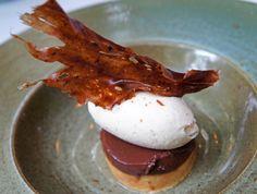 Brazilian dessert: Terrine de chocolate com marzipan de amendoim, calda de priprioca e sorvete de paçoca at Dui, São Paulo  http://gastrolandia.uol.com.br/onde-ir/restaurantes/novo-menu-do-dui-ainda-melhor-e-mais-brasileiro/