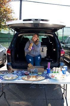 Toyota Tailgate is my favorite time of year! So let's dive into all the tailgating essentials + the ultimate parking lot party vehicle, the Toyota Sequoia. Kansas State Football, College Football Games, Football Food, Tailgate Food, Tailgating, Football Brownies, Pretzel Factory, College Bags