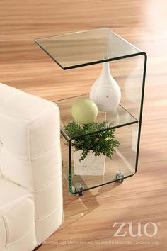 Zuo Modern 404106  Trek Side Table  in Clear Glass