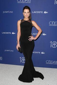 Kate Beckinsale wearing Hamel Lace Gown