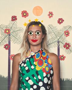 """i'm always into things that are slightly off-kilter and what people might call """"crazy"""". that's why i instantly took a liking to ELOI, a range of scarves by artist Paige Russell who constructs vibrant designs from paper cut-outs. The world of ELOI was built around the belief that the best part of dressing yourself is the opportunity …"""