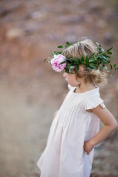 Beautiful Outdoor Toddler Photo Session By Lauren Ristow Photography via Fawn Over Baby Blog   #babyfashion #bohobaby #childphotography #outdoorphotosession