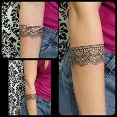 Bracelete Renda by @renetattoo #sevenstarstattoo #saopaulo #saopaulotattoo…