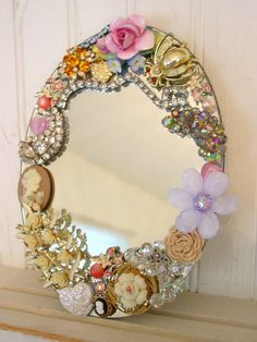 beaded flower mirror. Craft ideas 2413 - LC.Pandahall.com