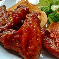 Ketchupos mézes-chilis csirkeszárnyak Recept képpel - Mindmegette.hu - Receptek Hungarian Recipes, Hungarian Food, Meatloaf, Tandoori Chicken, Chili, Healthy Recipes, Healthy Foods, Grilling, Bacon