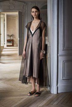 Lanvin | Resort 2017 Collection | Vogue Runway