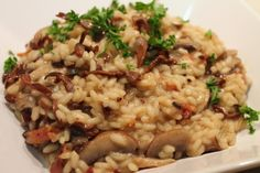 Ricetta veloce risotto ai funghi porcini,Quick recipe risotto with porcini mushrooms,快速配方燴飯與牛肝菌, Quick Recipes, Veggie Recipes, Pasta Recipes, Gourmet Recipes, Cooking Recipes, Veggie Meals, Oven Baked Risotto, Polenta, Vegetarian