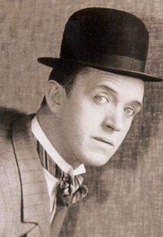 Stan Laurel - Portrait