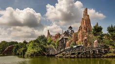 Vier avontuur, fantasie, het verleden, de toekomst en de verbeeldingskracht! Kijk eens naar deze Disneyland Paris-attractie.