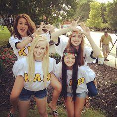 Kappa Alpha Theta at University of Mississippi #KappaAlphaTheta #Theta #BidDay #sorority #OleMiss