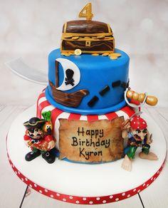 """Shiver me timbers"" Fantastic pirate theme birthday cake! #piratecake #treasurecake https://www.craftycakes.com/"