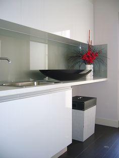 Modern white laundry Bathroom Renos, Mudroom, Contemporary, Modern, Laundry, Kitchen, Home, Laundry Room, Trendy Tree