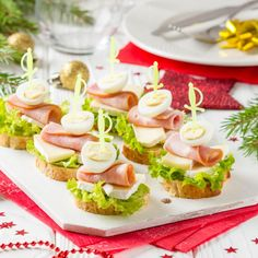 Mini chlebíčky | Recepty.sk Canapes Recipes, Appetizer Recipes, Deli Platters, Tapas, Vancouver Food, Mini Sandwiches, Save On Foods, Brunch Buffet, Party Finger Foods