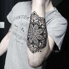 Stylish-Mandala-Tattoo.jpg (500×500)