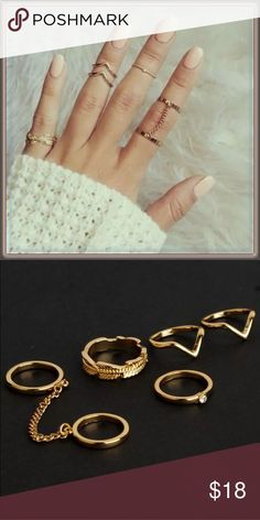 NWT Set of 6 midi rings ➖NWT ➖Set of 6 midi rings. One pair is attached by a small chain. Very fashionable ✌️ ❌NO TRADE Entropy Jewelry Rings