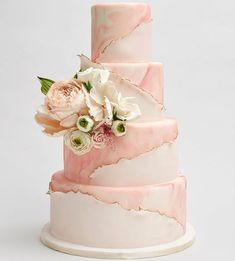 Hochzeitstorte der letzten Woche in in essba… Torta nuziale la scorsa settimana a in acqua commestibile … – Torte – Blush Wedding Cakes, Fondant Wedding Cakes, Floral Wedding Cakes, Elegant Wedding Cakes, Wedding Cake Designs, Fondant Cakes, Elegant Cakes, Cake Icing, Bolo Floral