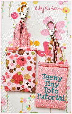 Teeny Tiny Keychain Tote tutorial by Kelly Rachel #sew #diy