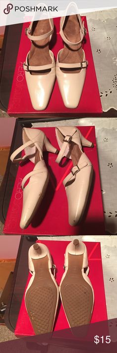 Aerosoles cream pumps Elegant cream colored pumps. Inside extra padding for comfort throughout the day or evening. Elegant buckle details create a beautiful sophisticated look. 1 inch heels. AEROSOLES Shoes Heels