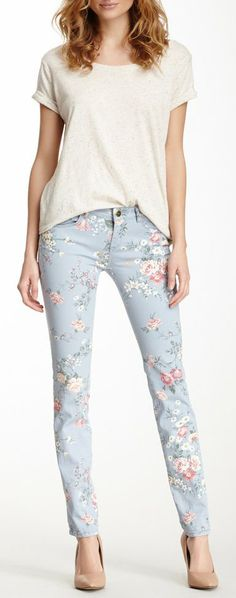 Floral Pant I like how these aren't too crazy or overwhelmingly floral.