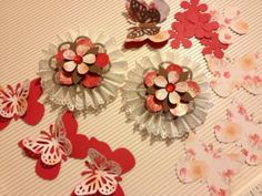 DIY Scrapbook Embellishments / Paper Rosettes / Package Toppers / Cards / Tags