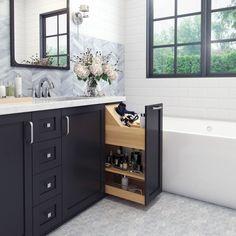 Modern Master Bathroom, Master Bathroom Layout, Master Bathroom Designs, Cool Bathroom Ideas, Master Bathrooms, Master Bath Vanity, Black And White Master Bathroom, Bathroom Hacks, Transitional Bathroom