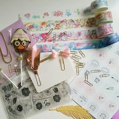 Awesome happymail from the lovely @plannerphie  she is amazing I'm speechless  thank you so so much hun CALIMEROOO #notebooks#notebook#washitape #washi #maskingtape #hema #targetdollarspot #planner #kawaii #stationary #pen #target #hobbylobby #kikkik #filofax #filofaxing #scrapbooking #scrapbook #haul #cutestationery #planning #craft #crafting #plannersupplies #stickers #journal #paperclips #erincondren #stickynotes #happyplanner by cc_plans