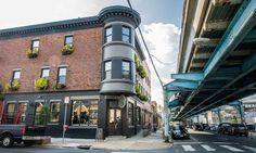 Front Street Cafe in Fishtown, PA. Offering Philadelphia fresh farm-to-table, organic cuisine, coffee shop, juice bar, full restaurant & bar with outdoor garden patio & upstairs event space.