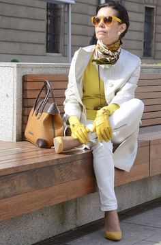 How to wear white jeans - white coat with terracotta and chartreuse pops of color...What's not to love?