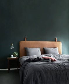 Bedroom Green, Home Bedroom, Bedroom Decor, Bedroom Ideas, Master Bedroom, Design Bedroom, Bedroom Modern, Contemporary Bedroom, Bedroom Wall