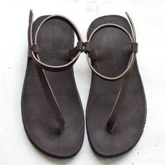9036a4c4f68062 I like minimalistic breezy sandals with a thin comfortable sole (ok their  vegan