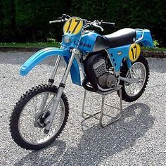 Enduro Vintage, Vintage Bikes, Bmx Pedals, Off Road Bikes, Bmw, Dirtbikes, Sidecar, Cool Bikes, Motocross