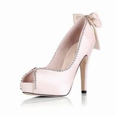 I want this shoe for my wedding soooo bad! Why can't they have my size!!??