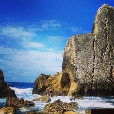 #cantabria #liencres #costaquebrada #losurros #landscape #rocks #clouds #naturaleza_cantabria #ig_cantabria #paseúcos #estaes_cantabria