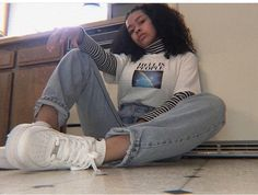 ⚡️ Grunge outfits ‼️ for more pins ✨ Hipster Outfits, Mode Outfits, Retro Outfits, Grunge Outfits, Trendy Outfits, Vintage Outfits, Girl Outfits, Look Fashion, 90s Fashion