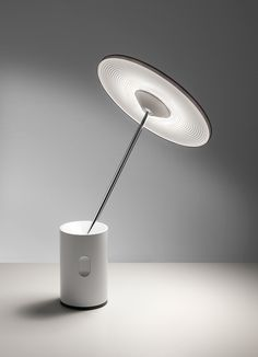 Products we like / Lamp / Desk / Lightweight / Flower Sytle / Lighting Design / at lemanoosh Design Light, Lamp Design, Lighting Design, Lamp Inspiration, Bureau Design, Light Project, Lighting Solutions, Light Decorations, Industrial Design