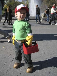 It's the Modern Kiddo Costume Parade! {Cool Homemade Costumes!} – (Handy Manny)