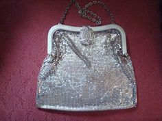 1920s Whiting and Davis handbag with art deco rhinestone clasp.