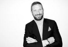 SABIAS QUE... O designer Stefano Pilati é o novo diretor criativo da Ermenegildo Zegna. Descobre mais curiosidades em http://nstyle.pt