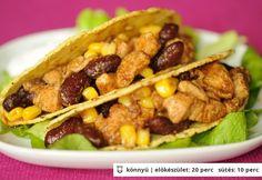 Csirkés taco Taco Pizza, What To Cook, Tex Mex, Nachos, Meat Recipes, Guacamole, Hamburger, Chili, Food And Drink