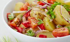 Aardappelsalade met rode ui,