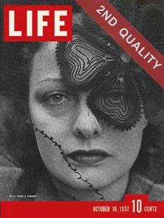 Esta foto de Alfred Eisenstaedt ilustra la portada de Life del 18 de octubre de 1937.