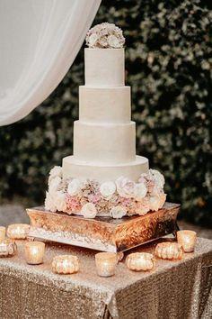 Los mejores pasteles de boda. Tendencias pastel de boda. Las mejores ideas de pastel de bodas. Conoce todo de las tortas para matrimonio, tortas de bodas. Table Decorations, Cake, Ideas, Country Wedding Cakes, Best Wedding Cakes, Sugar Flowers, Cake Designs, Invitations, Kuchen