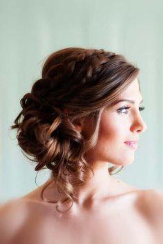 Romantic wedding hair style long hair coiffure hair-long-in-chign 2015 sa. Side Bun Hairstyles, Modern Hairstyles, Bride Hairstyles, Woman Hairstyles, Modern Haircuts, Hairstyles 2018, Celebrity Hairstyles, Pigtail Hairstyle, Side Bun Updo