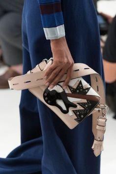 tods-close-ups-spring-2016-fashion-show-the-impression-053