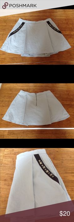 BCBGeneration skirt Really good condition, very cute. No flaws BCBGeneration Skirts Mini