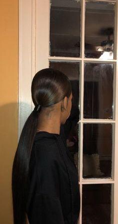 Super Ideas for hairstyles black slick Super Ideas for black slick hairstyles Weave Ponytail Hairstyles, Prom Hairstyles For Short Hair, Slick Hairstyles, Ethnic Hairstyles, Baddie Hairstyles, My Hairstyle, Straight Hairstyles, Girl Hairstyles, Ponytail Haircut